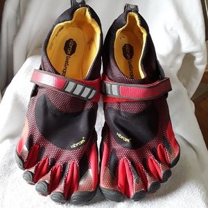 Vibram Five fingers😀😀😀